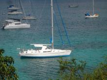Bénéteau Oceanis 44 CC : Au mouillage en Martinique